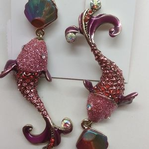 Betsey Johnson New Hot Pink Dolphin Earrings